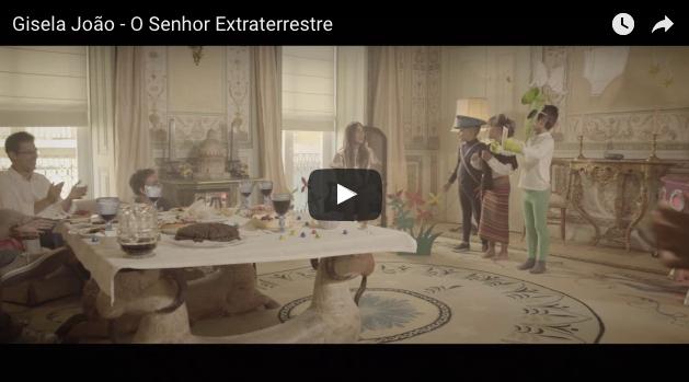 """'Senhor Extraterrestre' es el nuevo vídeo promocional que Gisela João ha lanzado de su nuevo álbum """"Nua""""."""