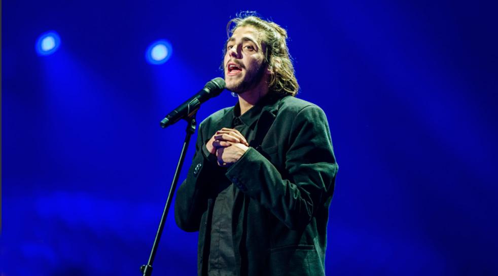 Salvador Sobral gana el festival de Eurovisión