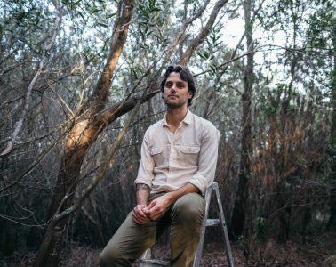 Pedro Lucas in between